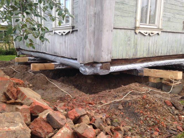 Пожъем фундамента деревянного дома