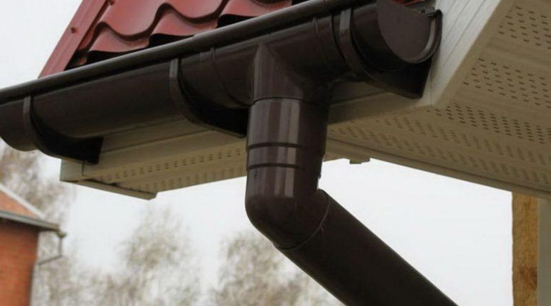 Ремонт ливневки на крыше